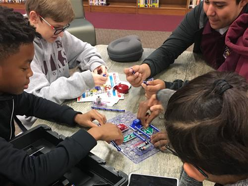 Picture of students with Snap Circuits